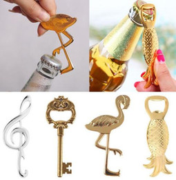 Wholesale novelty wedding anniversary - Novelty Pineapple Flamingo Palm Beer Bottle Opener Wine Bottle Openers Barware Tool Anniversary Wedding Hawaii Beach Party Favor gift gold