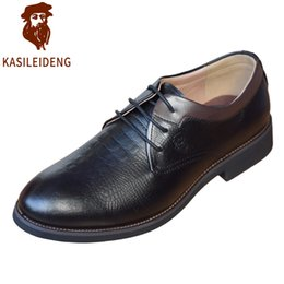 Wholesale Man S Formal Shoes - Men 's Handmade Leather Genuine Dress Up Oxford Shoes Gentleman British Wind Retro Party wedding formal occasions