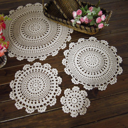 Wholesale Round Handmade Tablecloth - Wholesale- yazi 4Pcs Handmade Cotton Hollow Floral Placemat Round Doily Pads Crochet Table Mat Table Cover Tablecloths