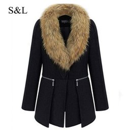 Wholesale woolen winter coat womens - Wholesale- 2016 Womens Winter Warm Woolen Coats Europe Style Black Overcoat Outerwear With Big Fur Collor Plus Large Size Overoats XL - 6XL