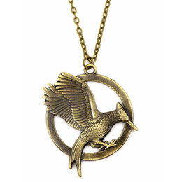 Wholesale Mockingjay Hunger Games Pendant - The second version of the Hunger Games star necklace Firebird mockingjay alloy necklace jewelry company