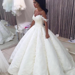 Wholesale Simple Gold Wedding Dres - 2017 Sexy A-line Bridal Dresses Off Shoulder Ruched Appliques Sexy Backless Satin Floor Length Wedding Gowns Custom Made Pretty Wedding Dres