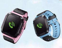 Assistir tela quadrada on-line-GPS Rastreador Do Bebê Relógio Inteligente suporte GSM cartão SIM C1 1.44 '' Tela Quadrada Crianças Smartwatch SOS Chamada Anti-lost para Android IOS P