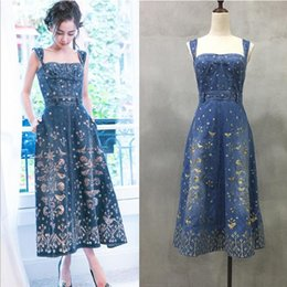 Wholesale Thread Embroidery Dresses - Brand ladies fashion high - end luxury harness gold thread embroidery flowers dress denim