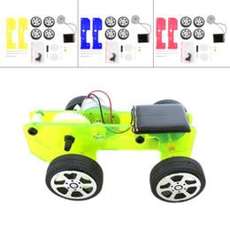 coches de juguete de montaje Rebajas Al por mayor-1pc Self assembly Mini divertido Solar Powered Toy DIY Car Kit Niños Gadget Educativo Hobby en todo el mundo venta