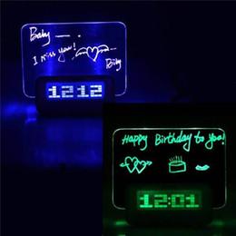 tarjeta de alarma Rebajas Tablero de notas borrable Reloj despertador LED Tablero de mensajes luminoso Reloj despertador digital, Reloj de calendario Termómetro Luz de fondo con reloj USB Hub de 4 puertos