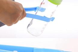 Deutschland Sicherheitsverschluss Clip Babyflasche Sterilisator Babyflasche Sterilisator Clip Zange Flasche Zubehör cheap slip pliers Versorgung