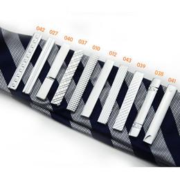 laços de qualidade e magro Desconto Longo modelo de 4 CM 10 Varejo de alta qualidade curto Prata Homens Gravata de metal Tie Bar Mens Chrome Clamp Plain Skinny Tie Clip Pins Barras 070004