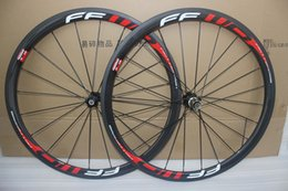 Wholesale Road Bicycle 24 - 38mm 700c Road Carbon Wheels 38mm Clincher Racing Bicycle Wheelset 20 24 Holes Basalt Brake Surface with skewers