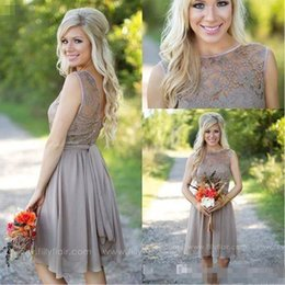 Wholesale Grey Knee Length Bridesmaid Dresses - 2016 Short Beach Knee Length Bridesmaid Dresses Chiffon Lace Crew Neck Western Country Summer Cheap Plus Size Formal Party Prom Dresses Grey
