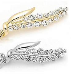 Wholesale Full Corsages - alloy badge Corsage Pin shawl Scarf buckle Natural rhinestones Full Diamond Leaves Brooch Emblem alloy men and women wedding brox factory di