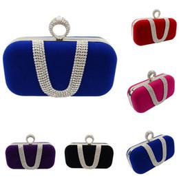 Forma do saco do anel de casamento on-line-Mulheres Meninas de Cristal Em Forma de U Anel de Diamante Saco de Noite de Veludo Bolsas de Luxo Dedo Bolsa de Embreagem Sacos de Festa de Casamento com Corrente