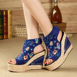 Wholesale National Adhesives - 34-40 Women's Summer Shoes New 2017 National Wind High Platform Wedges Embroidered Female Sandals With Fish Toe Wedge Sandals C7050302