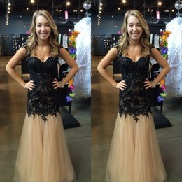 Wholesale Sexy Gorgeous Evening Dress Cheap - Gorgeous Black Lace Champagne Tulle Long Formal Prom Dresses Beaded Embellished Appliques 2017 Cheap Evening Party Gowns Custom Made