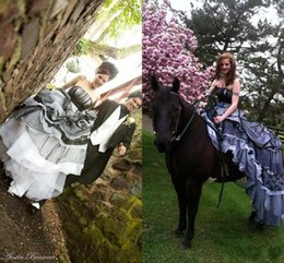 Wholesale Black Gray Wedding Gowns - Gorgeous Black and White Wedding Dress Gray Gothic Bridal Gown Halloween Wedding Unique Offbeat Colorful Vintage Goth New Arrival