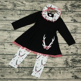 Wholesale Shirt Pants Girls Heart - Christmas INS baby girl clothing set new Spring autumn 2017 baby boys clothing sets scarf+t shirt+pant deer heart kids clothes set for girl