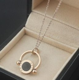 Wholesale 14k Gold Figaro Chain - Wholesale titanium steel rose gold necklace foreign trade agent ring hollow double-sided black and white shell necklace