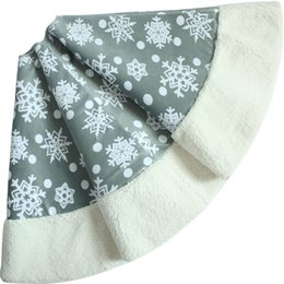 "Wholesale Snowflake Skirts - Wholesale-Free shipping Skirt EXTRA LARGE 49"" 50"" Polar Fleece Snowflake Christmas tree skirt"