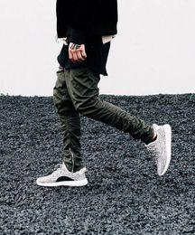 2019 pantaloni scarni floreali harem Justin bieber stile del marchio cerniera laterale uomo slim fit casual mens hip hop jogger pantaloni da motociclista swag pantaloni sportivi pantaloni skinny oliva