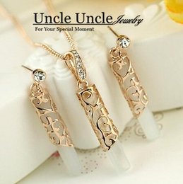 Wholesale Opal Inlay Necklace - Rose Gold Color High Quality Opal Rhinestone Inlaid Hollow Out Totem Design Lady Jewelry Sets Earrings Necklace Wholesale