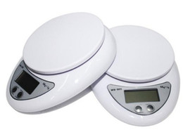 Wholesale Food Dieting - 5kg Household Portable Electronic Digital LCD Kitchen Food Diet Postal Weight Scale Balance 5000g x 1g LLFA