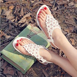 Wholesale White Gladiators - 2017 women shoes summer sandals Bohemian sandals shoes folder toe flowers flat shoes Korean flat women sandals