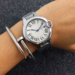 Wholesale Hot Womens Fashion - HOT New Fashion classics Womens Watches Brand desi Rome striae Gold Watch Ladies Quartz Wristwatch Clock Relogio Feminino Relojes Mujer
