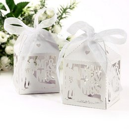 Wholesale Marry Gift Box - Event Party Supplies 10PCS White Candy Paper Party Box Mr&Mrs Married Wedding Favor Box Gift Boxes