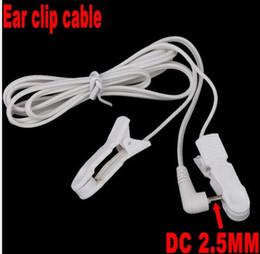 Canada Fils de plomb d'électrode Câbles de connexion avec 2 clips d'oreille pour Digital Machine de thérapie TENS Massager 2.5mm Plug 1.2m par dhl 500pcs Offre