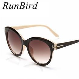 d968ffeb8c8e7 Venta al por mayor-RunBird Alta marca Diseñador Vintage Cat Eye Gafas de sol  Mujer Tom Gafas de sol Hombres Sombras Feminino Oculos De Sol UV400 R165  barato ...