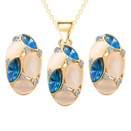 Wholesale Opal Earings - Blue Green Crystal Opal Oval Pendant Necklace Earings Jewelry Sets Gold Chain Pendant Women Bridesmaid engagement Wedding Jewelry 162193