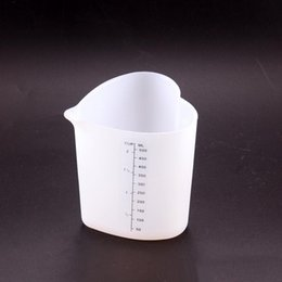 Wholesale Heart Shaped Measuring Tools - 500ML Measuring Cup Silicone Heart Shape Large Capacity Soft Measure Cup Home Cake Baking Liquid Measure Tools