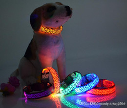 Wholesale Led Light Up Necklace - Solid Color Nylon Band Dog Pet Led Flashing Collar Night Light Up Led Necklace Adjustable S M L XL Various Colors b499