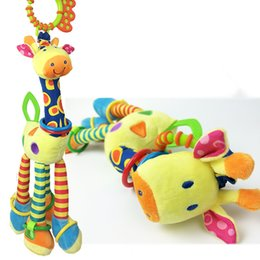 Wholesale Infant Giraffe - Wholesale- New Arrival Infant Cute Giraffe Plush Toys Baby Bed Stroller Hanging Rattles Teether Dolls