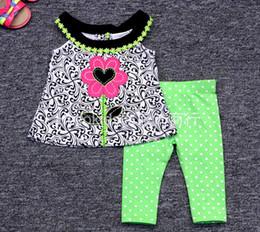 f6bc3106485d XMAS INS New 6M-3T enfants RARE EDITIONS 2Pc Set bébé chevron dress set  filles léopard fleur t-shirt tops et filles polka shorts pantalon
