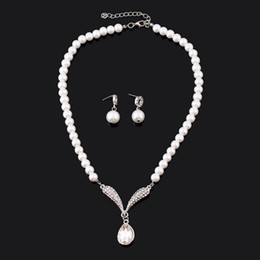 Wholesale Bride Jewelry Necklace Set - 2017 Cheap Bridal Pearl Necklace white Jewelry Crystal Rhinestones Bride Prom Wedding Jewellery Sets Sparky Earrings Bridal Accessories
