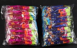 Canada 100 pcs Flash Copter Incroyable LED Light Up Flèche Rocket Hélicoptère Rotatif Volant Toy Party Fun Cadeau Rouge et bleu double flash100 Offre