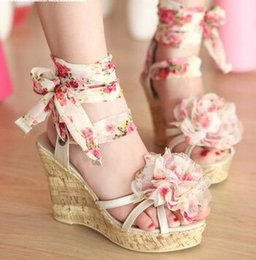 Wholesale Sexy Cloth Sales - New Arrival Hot Sale Princess Summer Noble Nightclub Catwalk Show Sexy Floral Summer Straps Lace Band Platform Wedge Sandals EU34-39