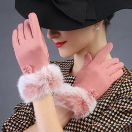 Wholesale Wholesale Ladies Dress Gloves - Wholesale- 2015 new autumn Winter women dress Tshow performance smart lovely fashion rabbit fur dots Touch screen lady gloves mittens