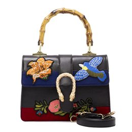 Wholesale Tote Bags Embroider - Famous designer brand bags women Embroidered flowers handbags vintage Shoulder Bag Woman Messenger Bag snake head Totes