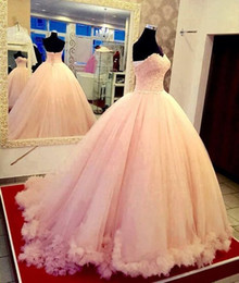 Wholesale White Quinceanera Dresses Sweetheart Neckline - 2017 Ball Gowns Puffy Sweetheart Neckline Quinceanera Dresses Corset Back Top Lace Tulle Sweep Train Prom Party Gown vestidos 16 anos