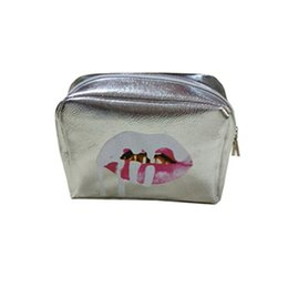 Wholesale Up Styles Fashion - Kylie Jenner Holiday Edition Makeup Cosmetic Bag make-up bag Kylie Limited Edition High Quality For Christmas Gift hot kylie birthday gift