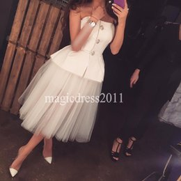 Wholesale Tutu Cocktail Dresses Pink - Elegant White Party Homecoming Bridesmaid Dresses 2016 Arabian Ball Gown Strapless Tutu Skirt Tea-Length Cocktail Prom Celebrity Gowns