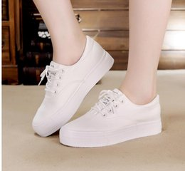 Wholesale Thick Sole Canvas Shoes - Europe and the United States white loafers sponge thick bottom girl autumn fashion canvas shoes with flat sole