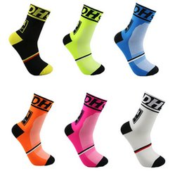 Wholesale Professional Mountain Bikes - Free shippingHigh quality Professional MTB mountain bike Cycling Outdoor sport socks Protect feet breathable wicking socks men Bicycle Socks