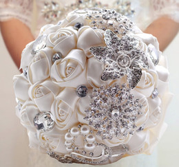 Wholesale White Black Bouquet - Wholesale-Free Shipping Gorgeous Wedding Bridal Bouquets Elegant Pearl Bride Bridesmaid Wedding Bouquet Crystal Sparkle Accept Custom
