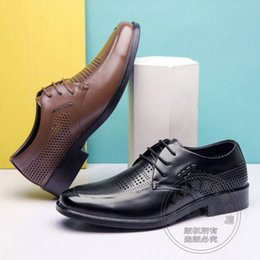 Wholesale Coffee Color Shoe Man - Punched Mens Shoes Casual Father Mens Dress Shoes 2017 Plain Lawyer Coffee Coat Of Paint Pure Color Real Designer Brands