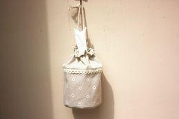 2019 bolsa de tela de tejido Tejido de lino de estilo rural sostenedor del tejido del coche caja de pañuelos rollo de papel colgante de pared bolsa de caja del tejido del envío gratis ZA4144 bolsa de tela de tejido baratos