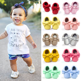 Wholesale Red Moccasin Boots - Handmade Soft Bottom Fashion Tassels Baby Moccasin Newborn Babies Shoes 14-colors PU leather Prewalkers Boots