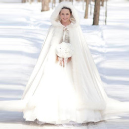 Wholesale Elegant Wedding Bolero - Elegant Cheap 2016 Warm Bridal Cape ivory White Winter Fur Coat Women Wedding bolero Jacket Bridal Cloaks Wedding Coat YY649